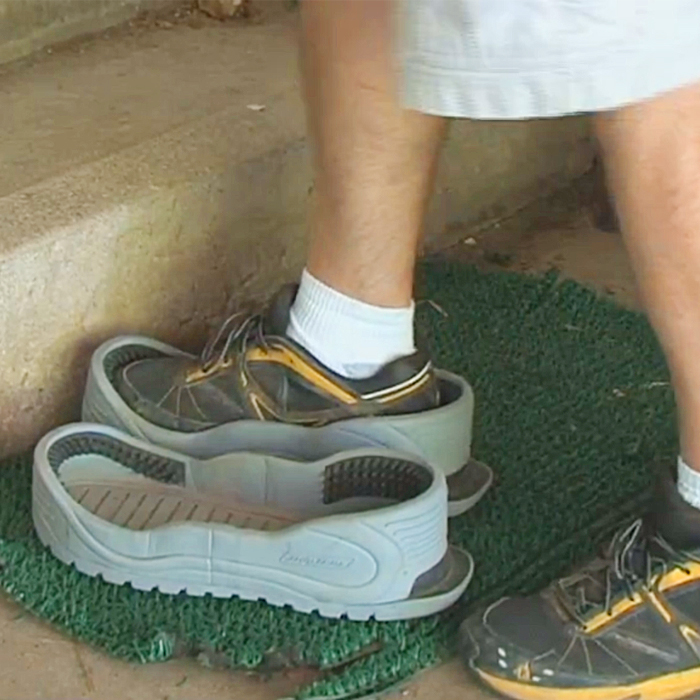 Tidy Trax   Hands Free Shoe Covers