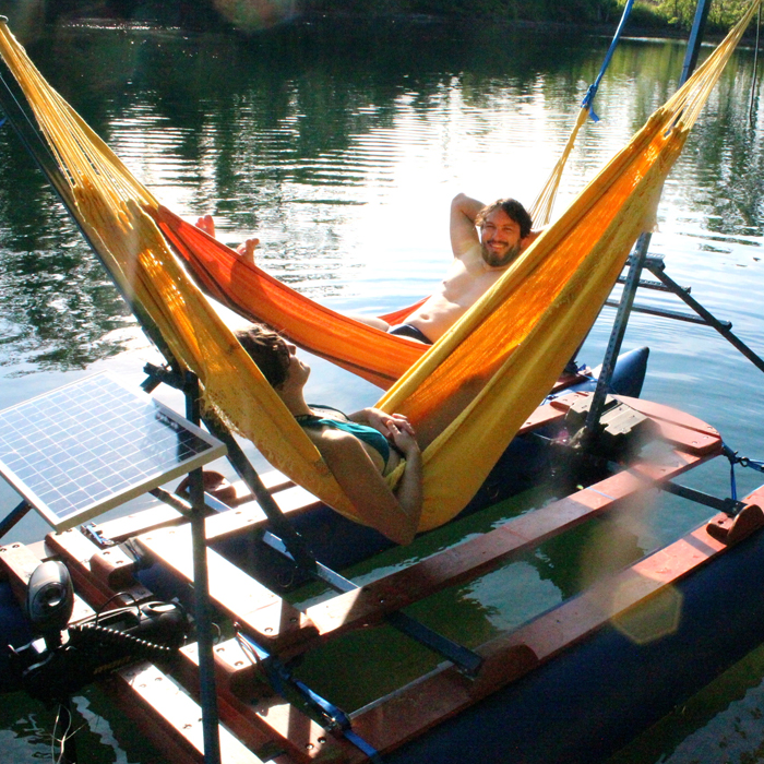 the Hammock Boats are the perfect thing for your outdoor trip