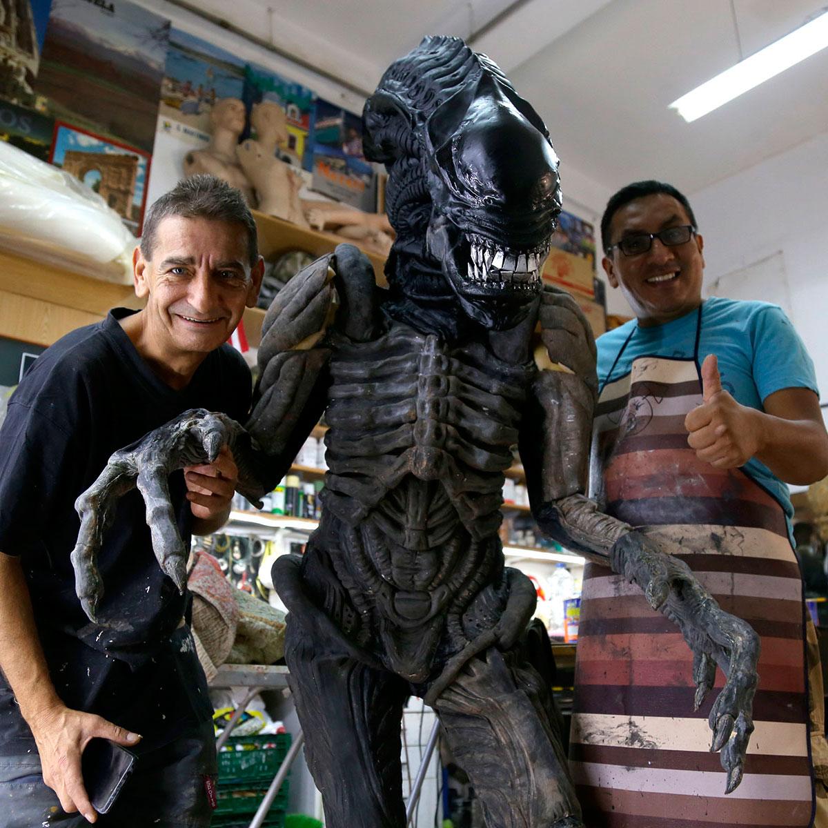The best Alien Cosplay Costume for Halloween 2018
