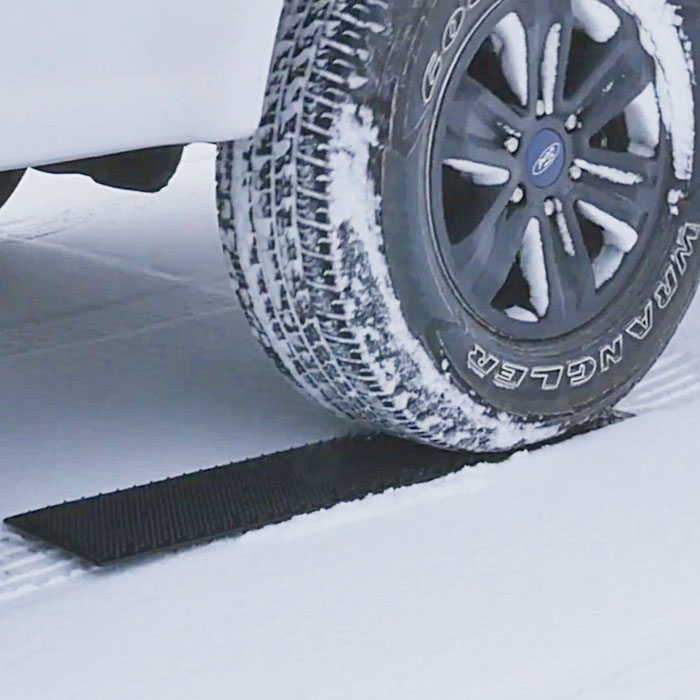 Best Off Road Traction Mats