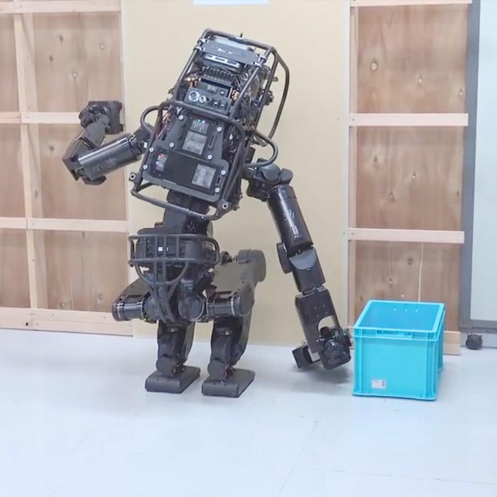 Handy humanoid robot uses a screwdriver, installs drywall