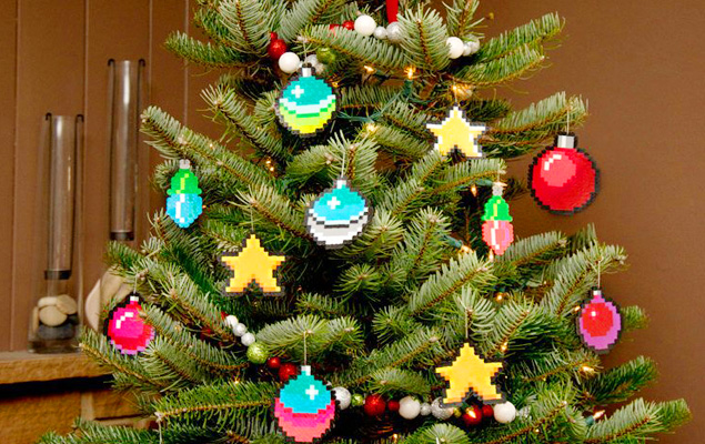 7 Most Favorite and Unique Christmas Tree Ornaments