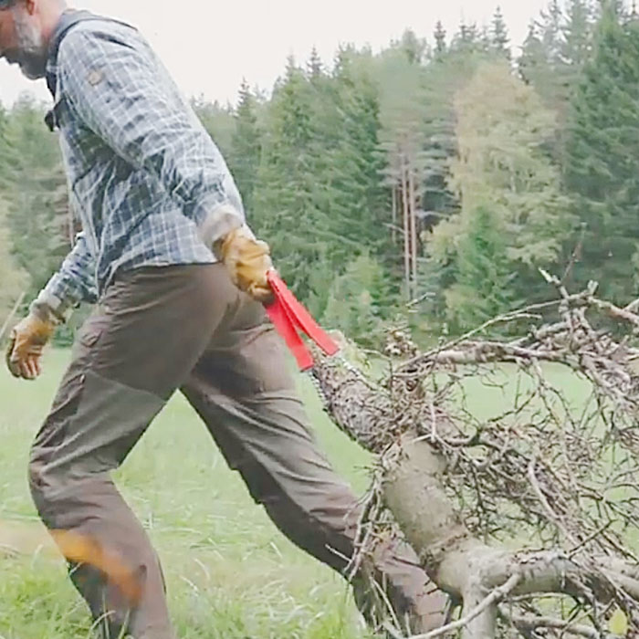 hand powered chainsaw