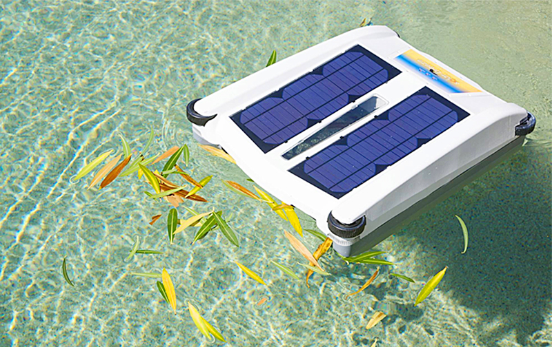 Robotic Solar Powered Pool Skimmer Cleaner