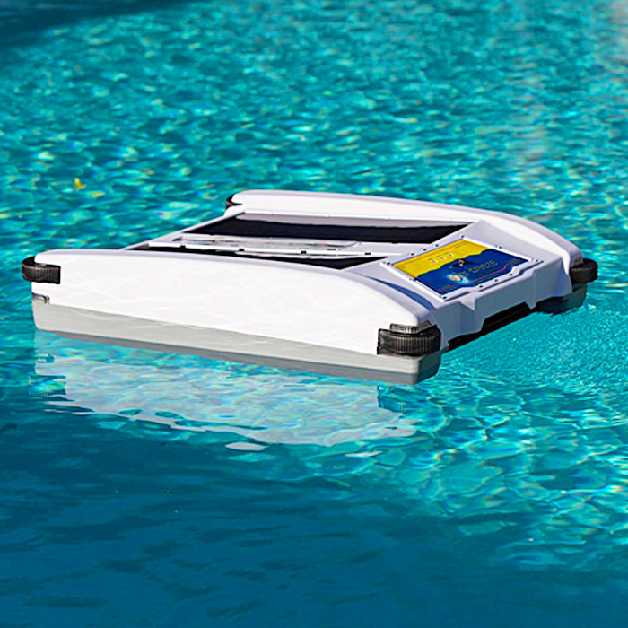 Solar Powered Pool Skimmer