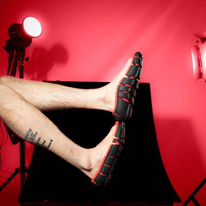 These 'Link' Shoes Hug The Sides Of Your Feet and Have No Tops