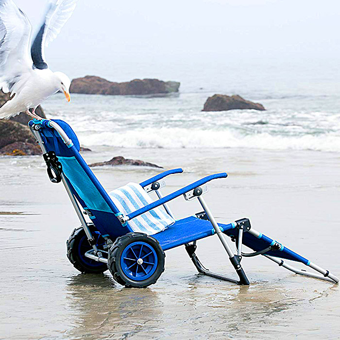 This 2-in-1 Beach Lounger Doubles as a Wagon
