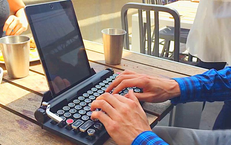 Vintage Typewriter Mechanical Keyboard Qwerkywriter