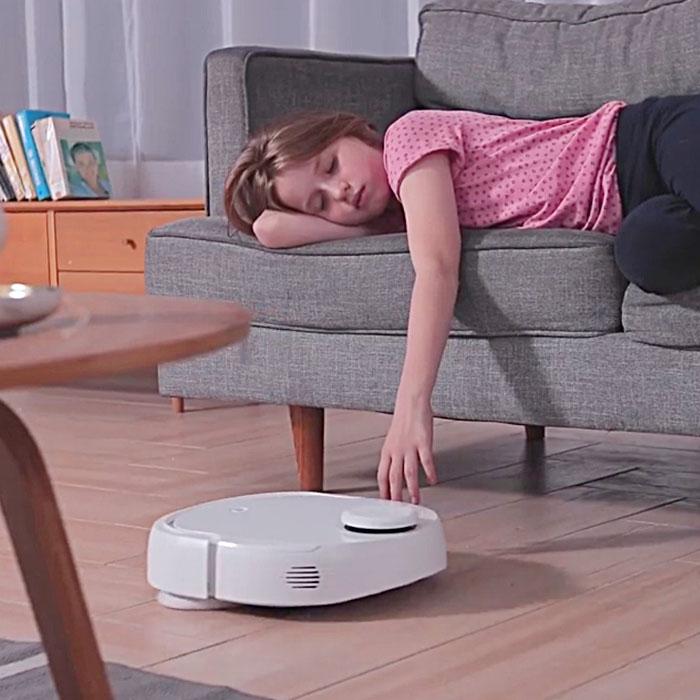Narwal Self Cleaning Robot