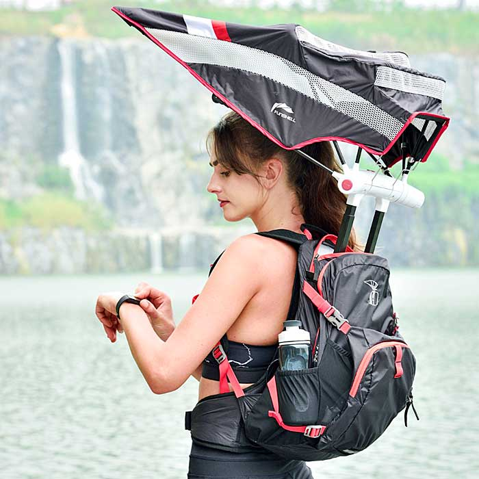 Backpack Has a Retractable Umbrella