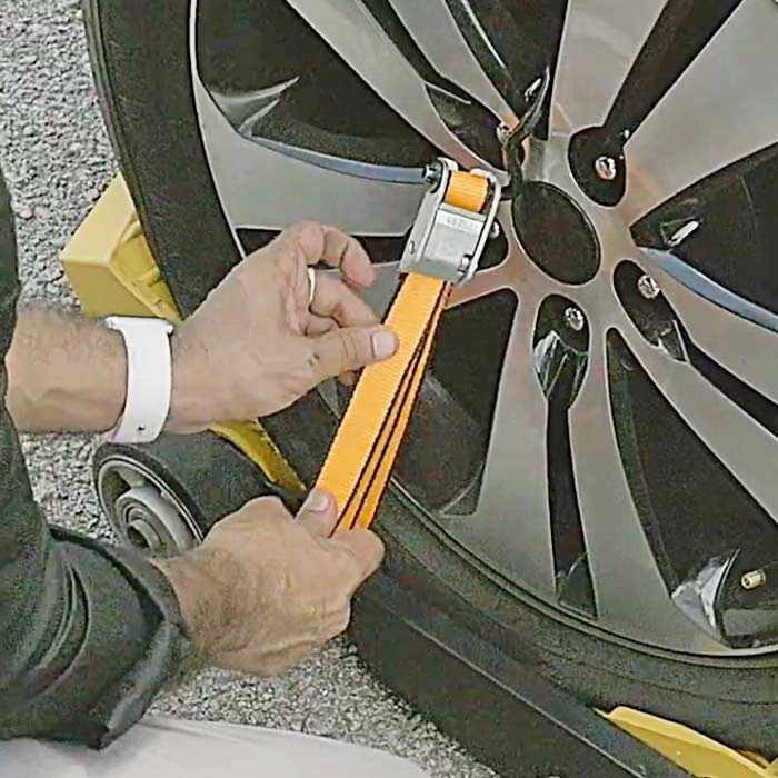 Driving On a Flat Tire With Ethar Running Tire