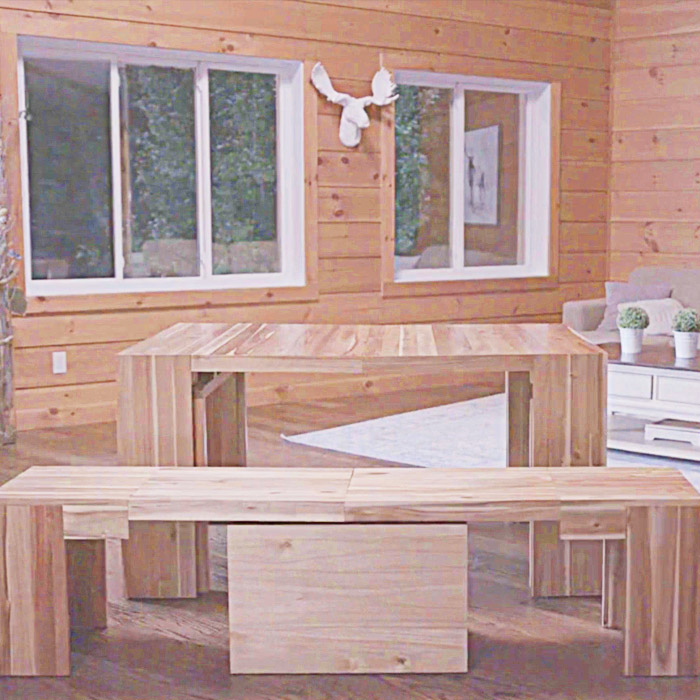 Expandable Wooden Table