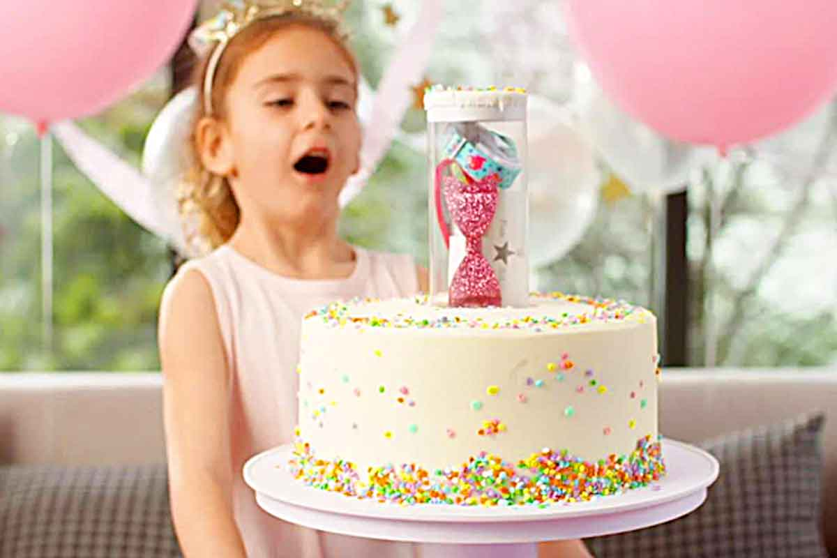 Surprise Cake Stand | Pops Out Hidden Gifts From Inside Cakes