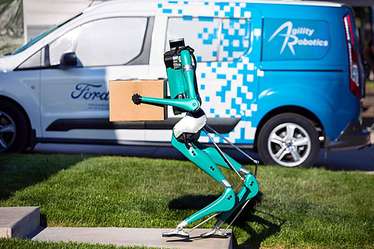 This Package Delivery Robot Walks Like A Human | Digit