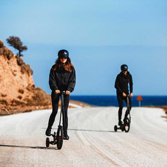 Standing Bike That Combines Walking And Biking