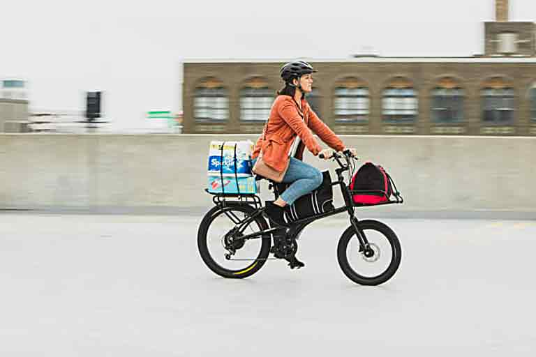 A lightweight, versatile cargo e-bike