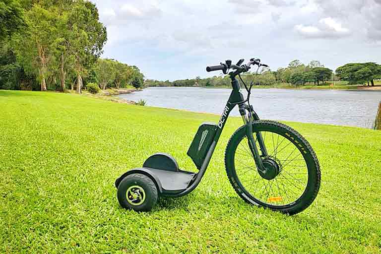DC-Tri Electric Stand Up Trike