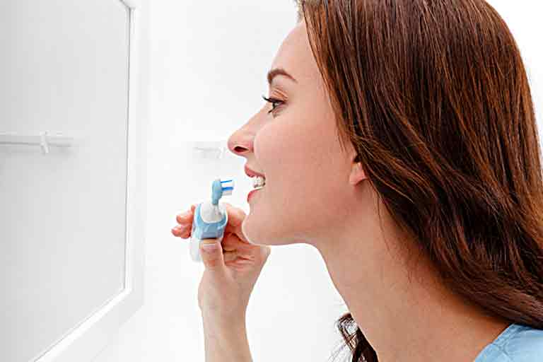 Electric Toothbrush With UV Sanitizer