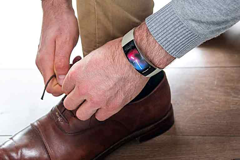 Curved Smartwatch
