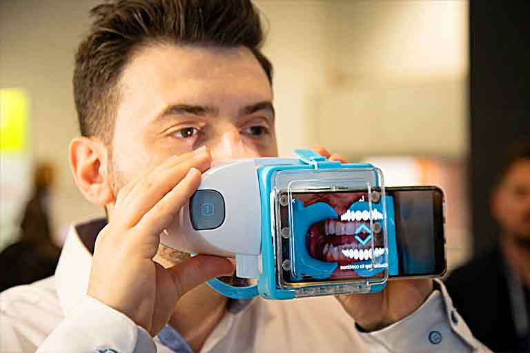 Dental Monitoring system remotely connects orthodontists