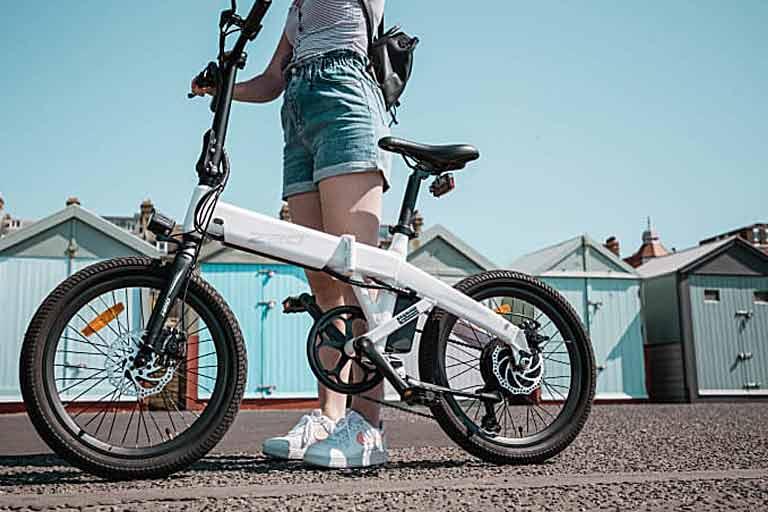 The-Ultra-Dynamic-Dual-Mode-E-Bike
