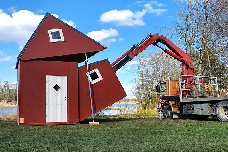 Simply Fold This House And Take It Wherever You Want | Foldable House by Brette Haus
