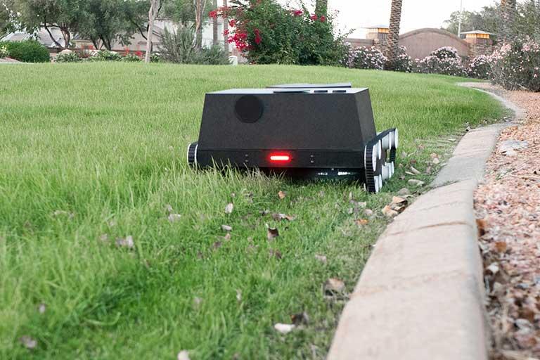 yardeoid gardening robot