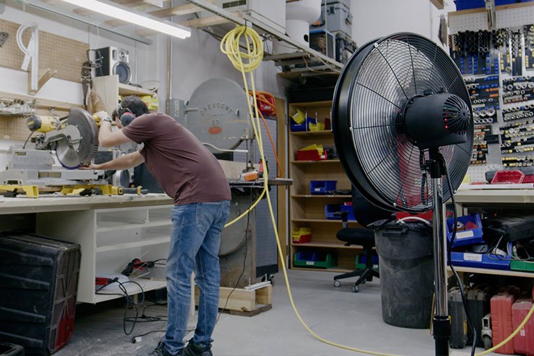 A Robotic Person-Tracking Floor Fan That Automatically Rotates When You Move!