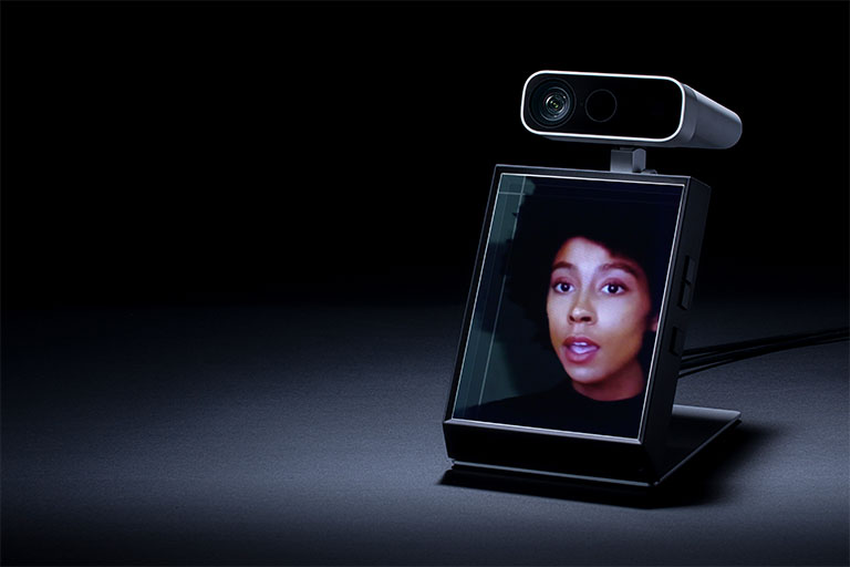 A Personal Holographic Display Anyone Can Use | Looking Glass Portrait