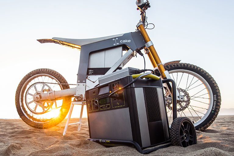Swedish electric motorcycle company Cake has launched the Kalk AP